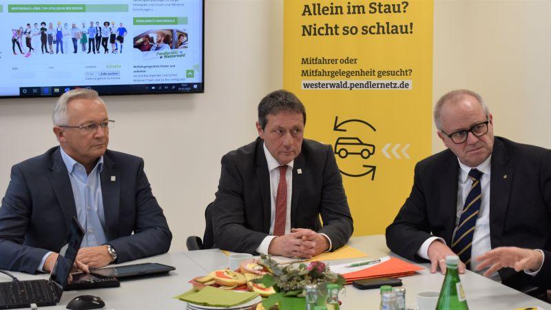 """""""Wir Westerwälder"""" und der ADAC starten das neue Pendlernetz Westerwald"""