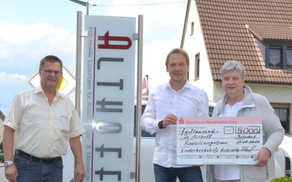 Sommerfest der Kinderkrebshilfe: Schirmherr spendet 5.000 Euro