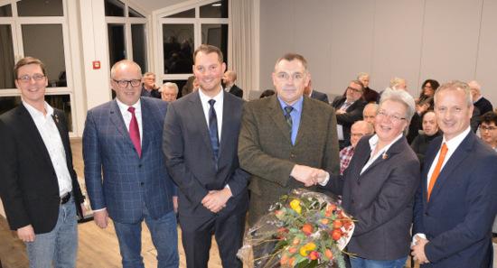 Altenkirchener Stadtb�rgermeisterwahl: CDU nominiert Ralf Lindenp�tz