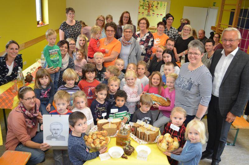 "Kindergarten Oberhonnefeld feierte ""Internationalen Tag des Brotes"""