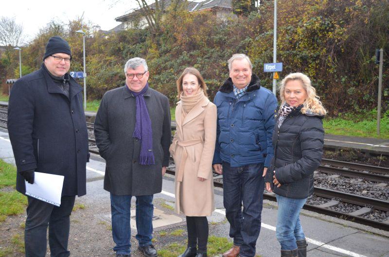 Morgendlicher Halt des Regionalexpress in Erpel ist gesichert