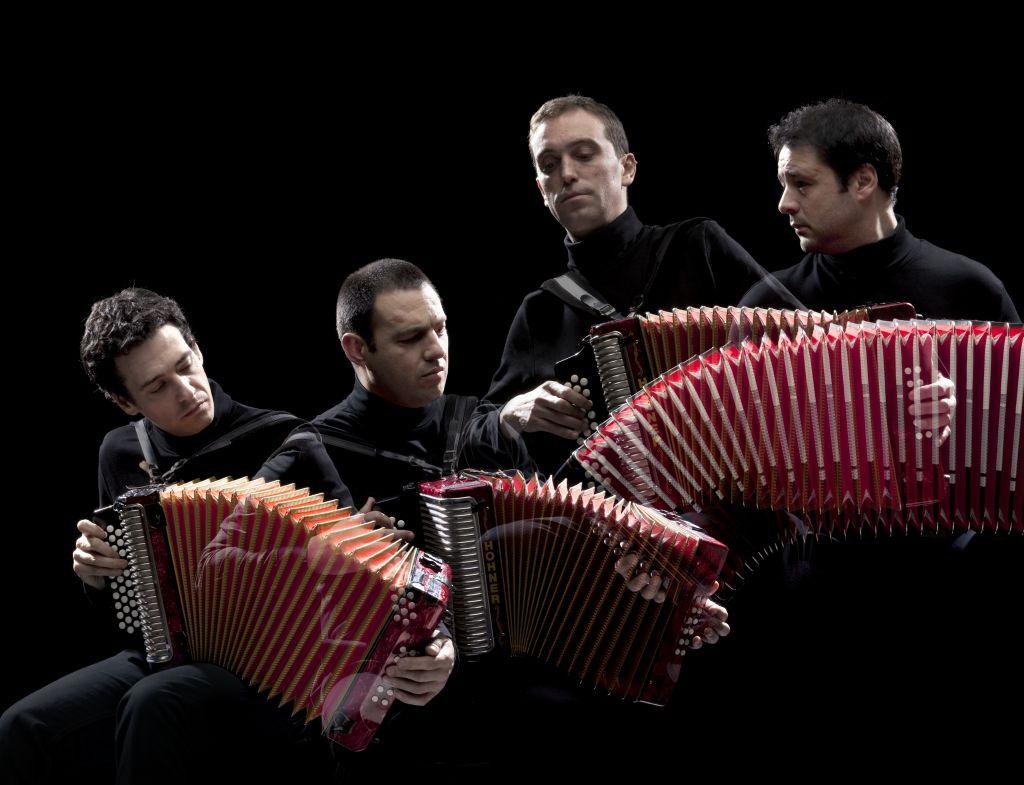 """Die """"Dancas Ocultas"""" sind einzigartig in der Weltmusikszene und kommen am 22. August aus Portugal in den Westerwald. Foto: Veranstalter"""
