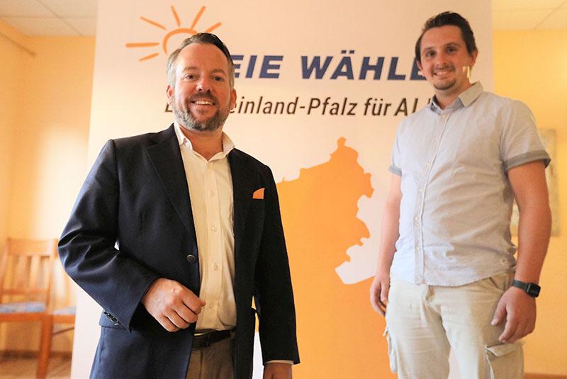 Stefan Wefelscheid (links), Landesvorsitzender der Freien Wähler, ist der Direktkandidat für die Stadt Neuwied und die Verbandsgemeinden Puderbach und Dierdorf. Fotos: FWG