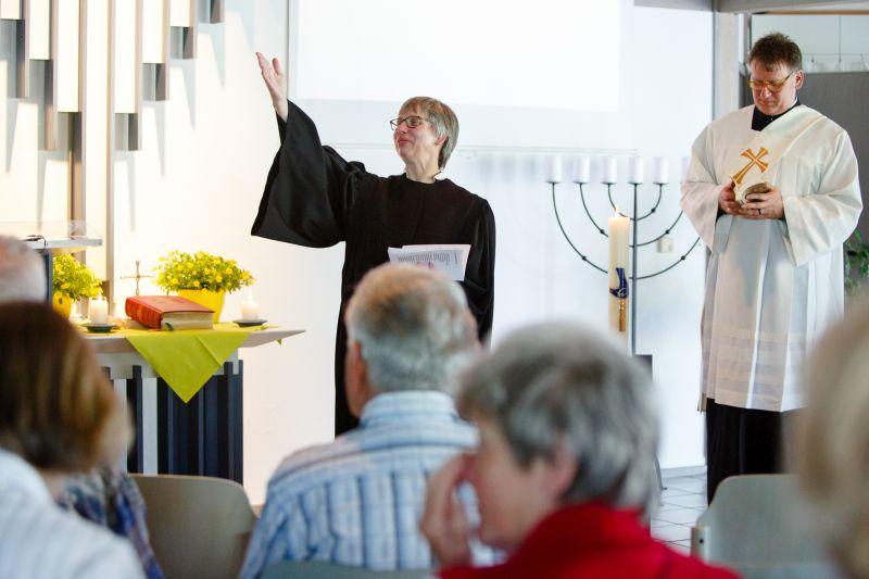 Gottesdienst nimmt Menschen mit Demenz an die Hand