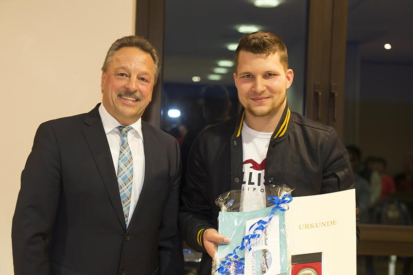Weltmeister Marvin Carsten Dibke, Thalhausen ausgezeichnet
