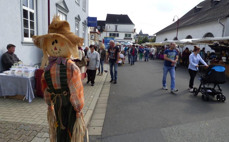 Dierdorf heißt willkommen zum Herbstmarkt