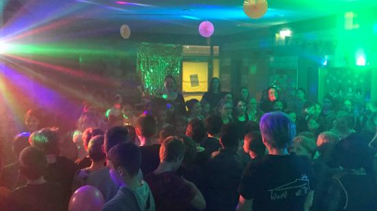 Au�er Rand und Band: Grundschul-Disco war wieder ein Erfolg