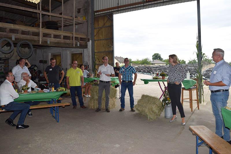 Julia Klöckner besuchte innovative landwirtschaftliche Betriebe im Landkreis
