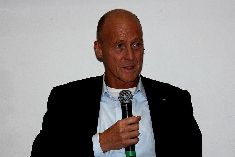 Dr. Tom Enders zeigt Zukunft beim Marienthaler Forum auf