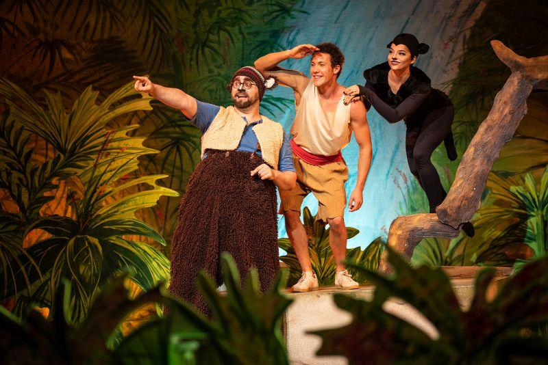 """Szenen aus dem Musical """"Dschungelbuch"""". Fotos: Nilz Boehme"""