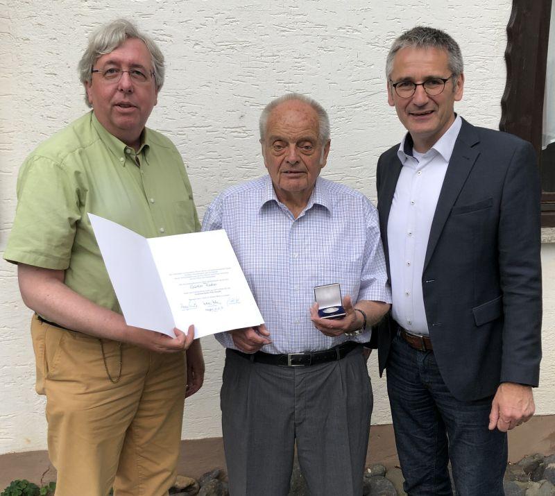 Willy-Brandt-Medaille für Günter Fischer