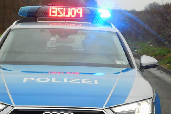 """Polizeibeamten als """"Dummen Wichser"""" bezeichnet"""