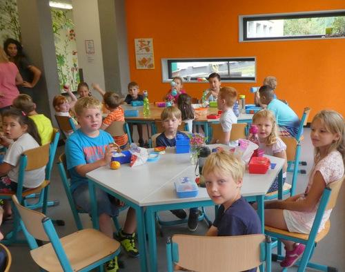 42 Erstklässler an der Christophorus-Grundschule in Betzdorf-Bruche