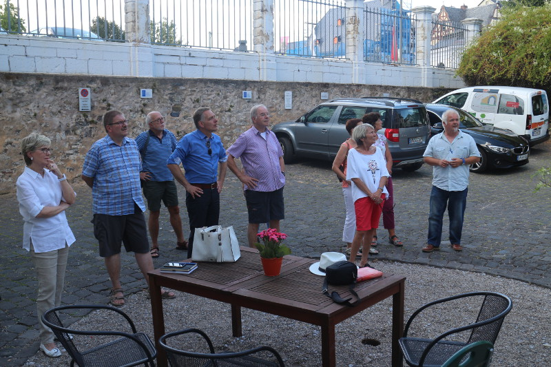 Schlossführung in Engers musikalisch untermauert