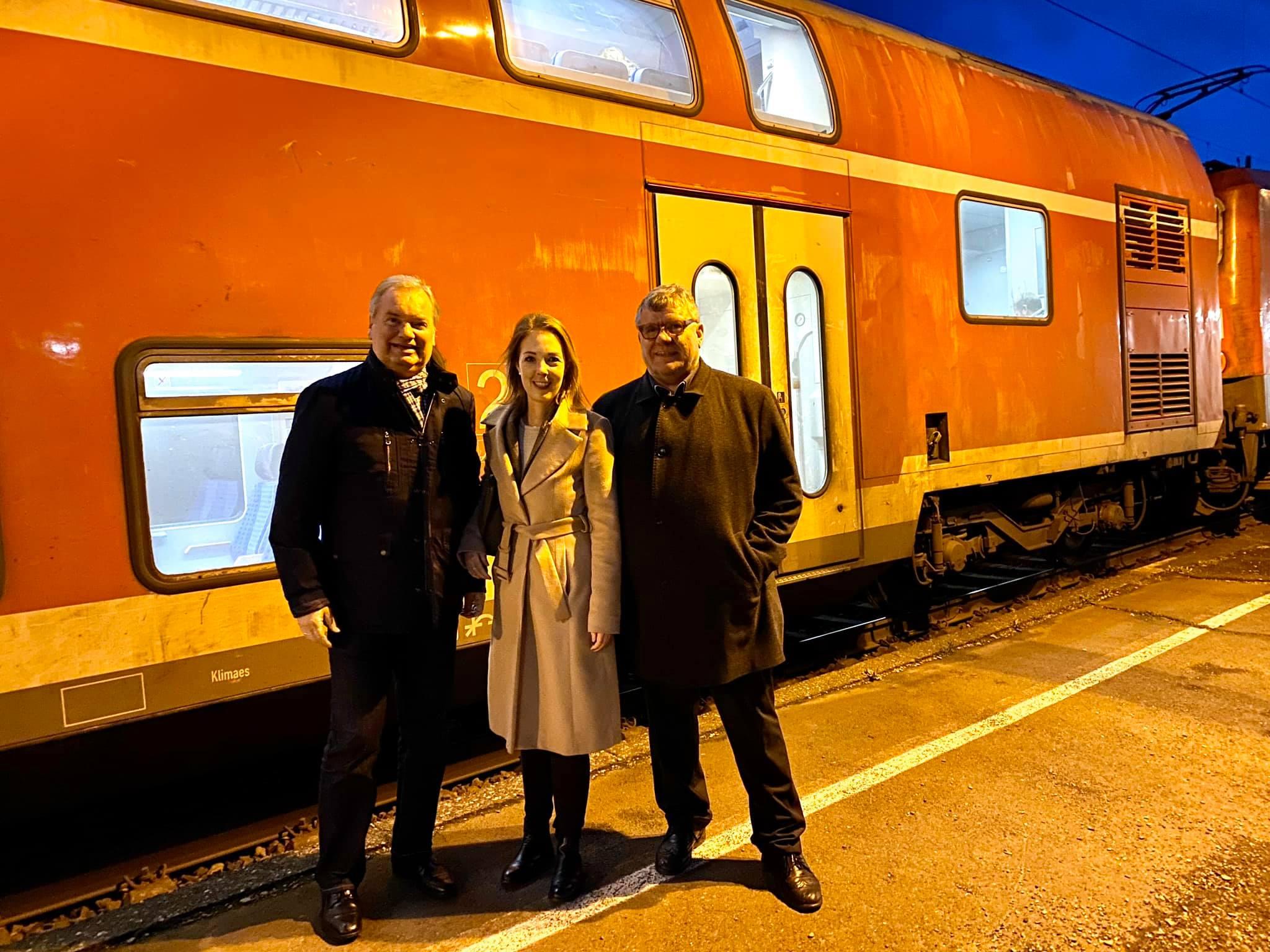 Winterfahrplan der Bahn an der Rheinschiene muss überarbeitet werden