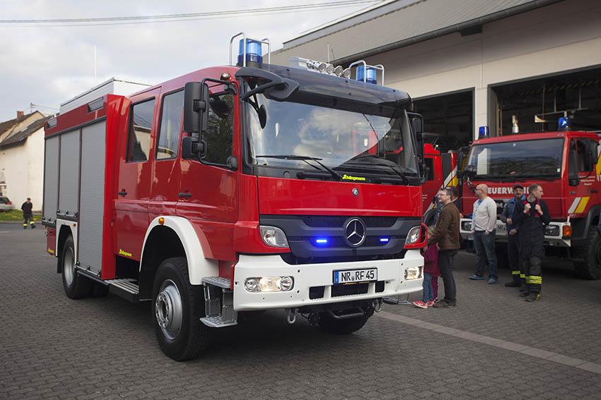 Feuerwehr Rengsdorf holte HLF 10/10 ab