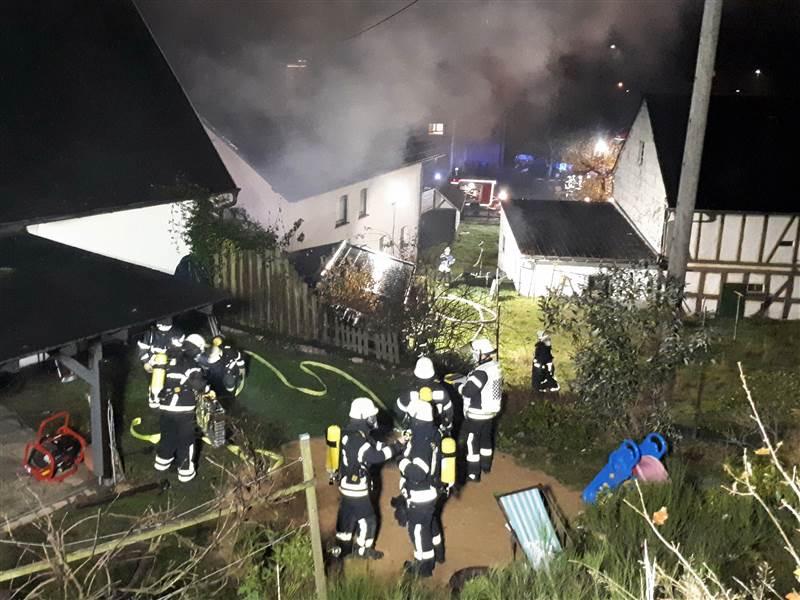 Gebäudebrand in Mauden: Großeinsatz für die Feuerwehr