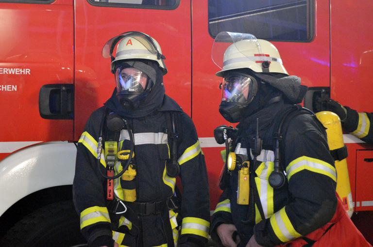 Brennende K�che fordert Einsatz von zwei Feuerwehren