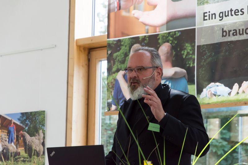 Was die Philosophie zu Schuld und Vergebung sagt, referierte Dekan Dr. Axel Wengenroth. Foto: privat