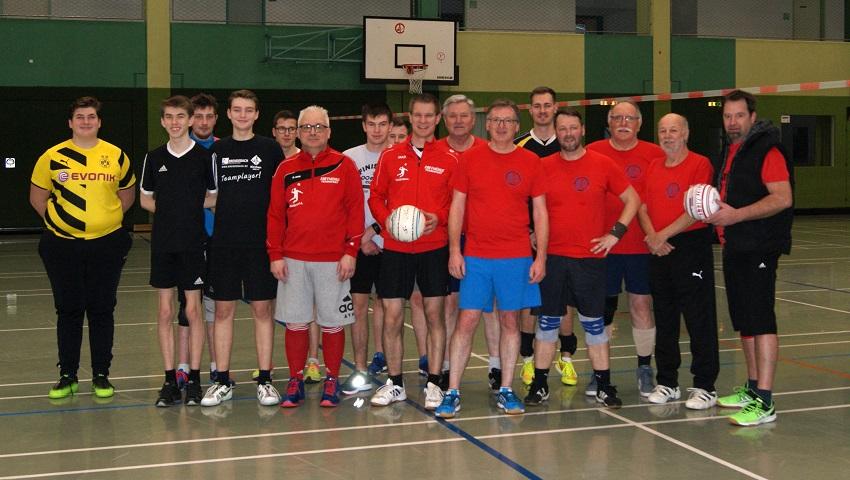 Faustball: Reha-Sportgemeinschaft zu Gast beim VfL Kirchen