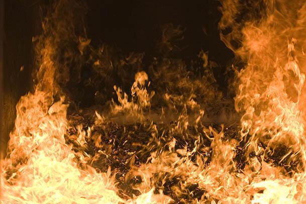 Linienbus vollständig ausgebrannt