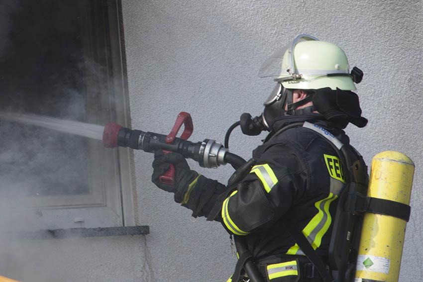 Nach Brand Haus nicht mehr bewohnbar