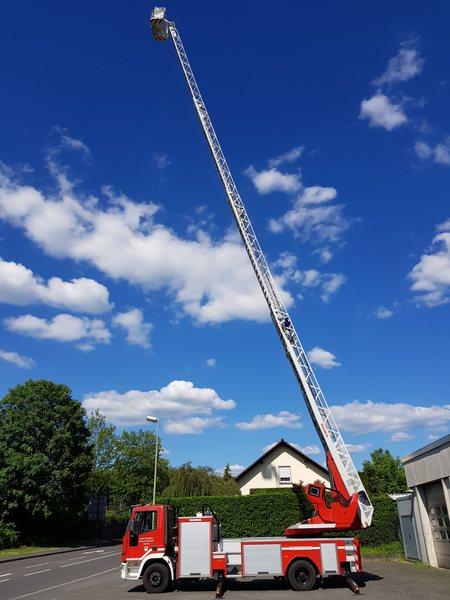 """Der Gottesdienst im Feuerwehrhaus steht unter der Überschrift """"Himmelsleiter"""". (Foto: privat)"""
