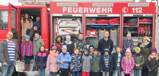 Grundsch�ler besuchten die Hammer Feuerwehr