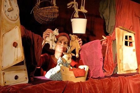 Das Figurentheater Petra Schuff war mit den sieben Geißlein zu Gast in Mehren. (Foto: Figurentheater Petra Schuff)