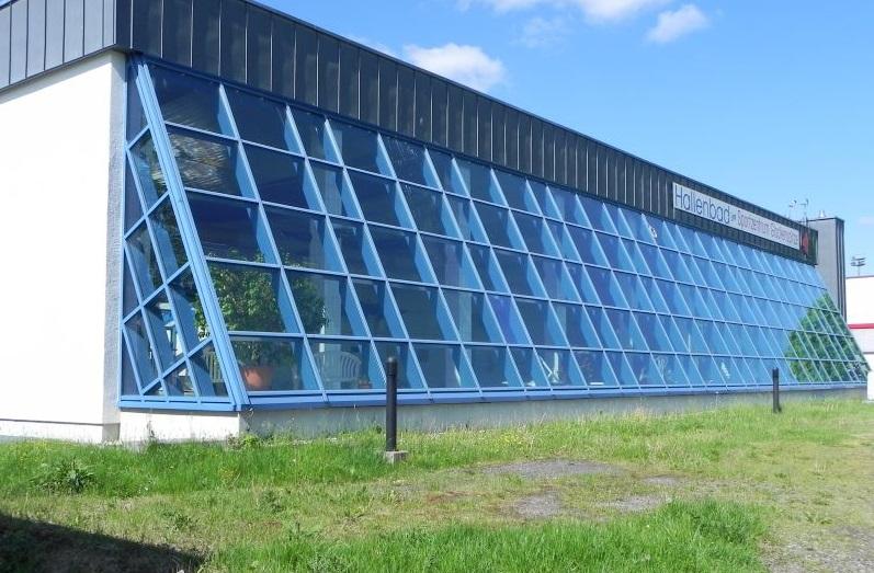 Förderung Neubau Hallenbad: Jüngerich mahnt Sachlichkeit an
