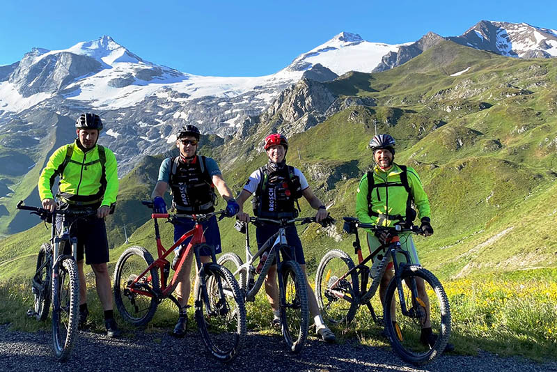 "Puderbacher Ausdauersportler absolvierten ""Alpencross-Challenge"""