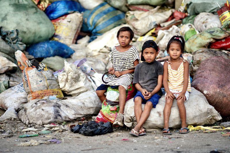 Gesünder Leben auf der Mülldeponie mit Wasserversorgung
