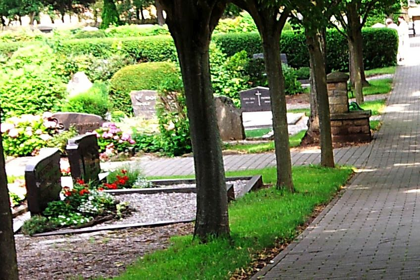 Erneuter Hinweisaufruf nach Grabschändungen auf dem Friedhof in Wirges