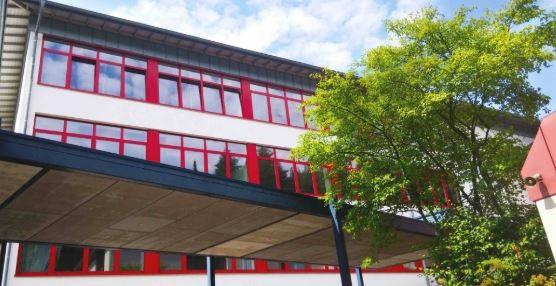 Muss die Schulbibliothek am FvS-Gymnasium schlie�en?
