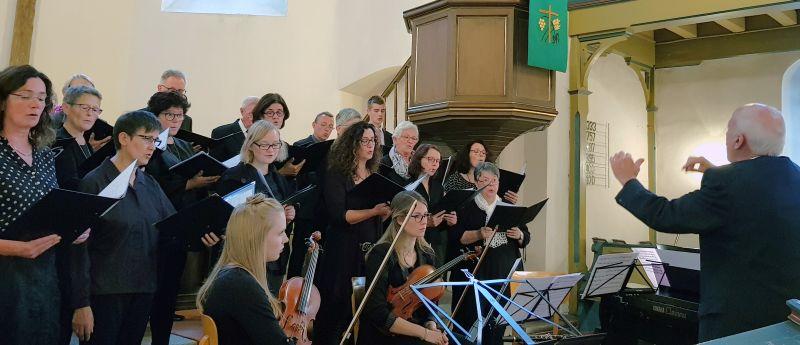 Geistliche Abendmusik erklang in der Kirburger Kirche