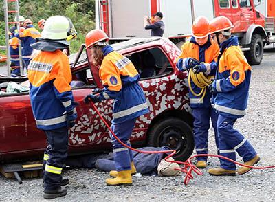 Feuerwehrjugend der VG Betzdorf-Gebhardshain übte erstmals gemeinsam
