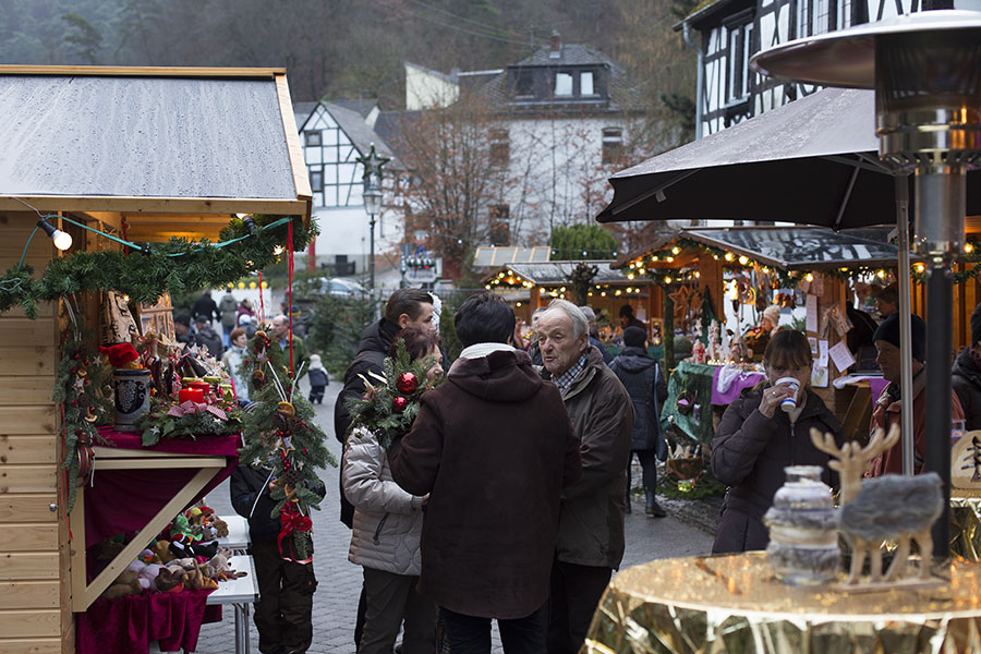 Kleiner, feiner Christkindlmarkt in Grenzau