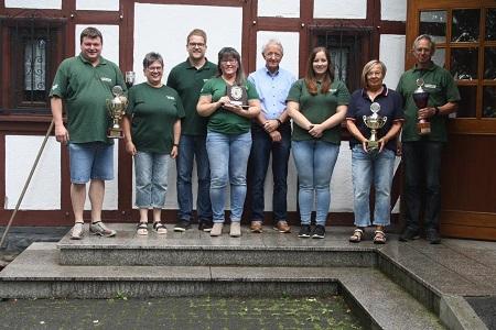 Michaela Wolter siegte beim Königspokal-Schießen in Maulsbach