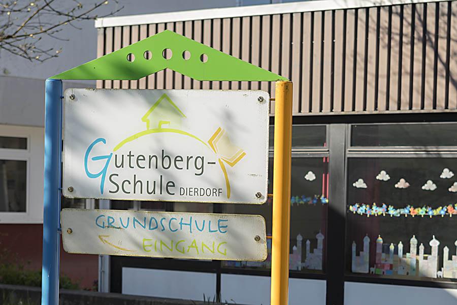 Verbandsgemeinde Dierdorf digitalisiert ihre Schulen
