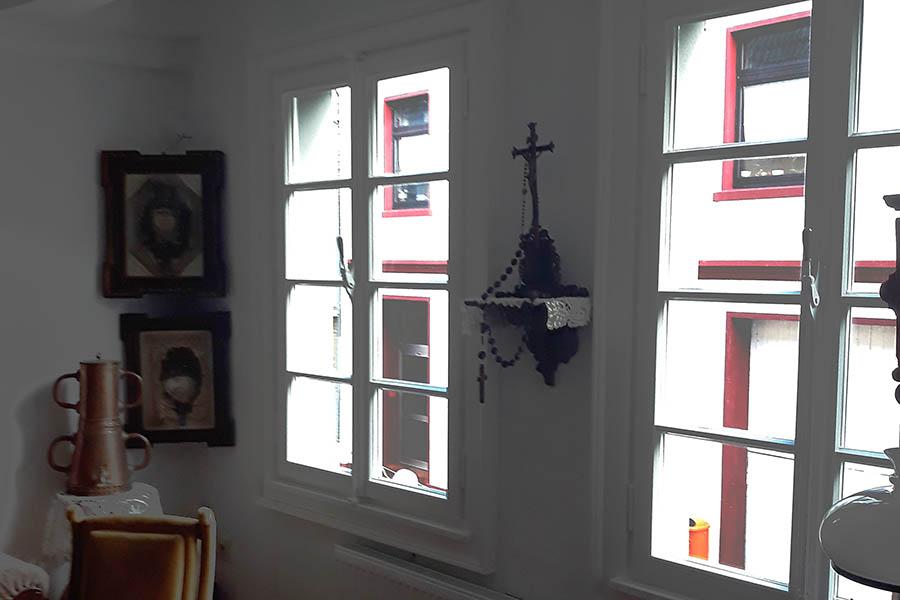 Fenstersanierung im Heimathaus Rheinbreitbach abgeschlossen