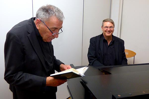 Herbert Kutscher las aus Zuckmayer im Café Auszeit