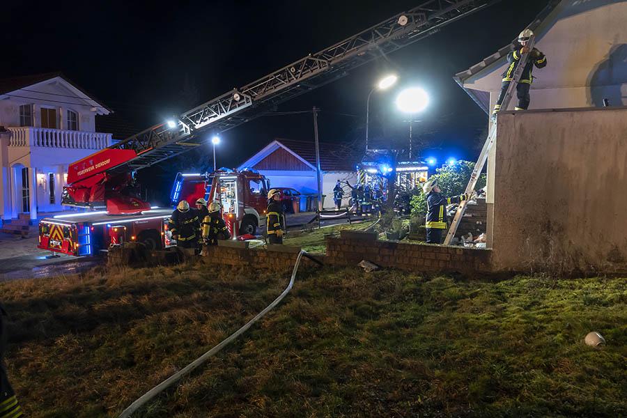 Gebäudebrand in Harschbach löst Großeinsatz aus