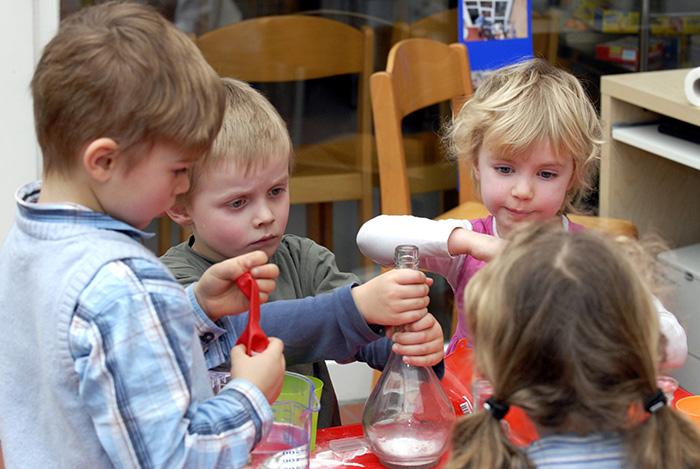 Haus der kleinen Forscher – Experimentieren mit Kindern