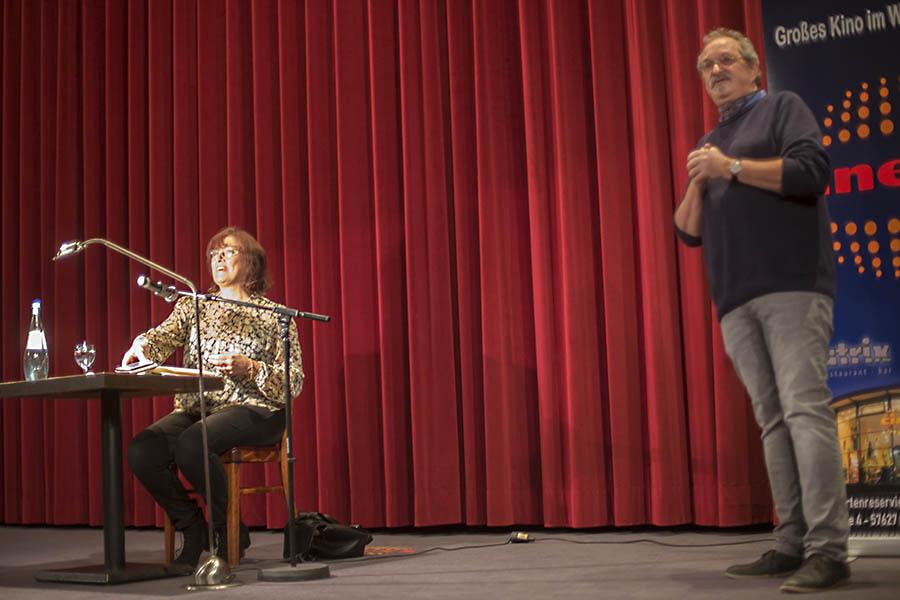 """""""Eine Räuberballade"""" im Cinexx – Lesung mit Annegret Held"""