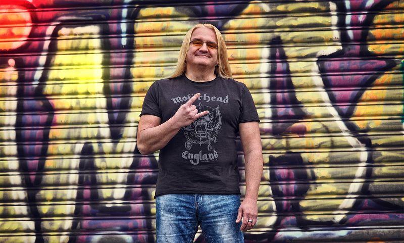 """Sven Hieronymus mit neuem Programm """"Als ob!"""" in Wallmerod"""