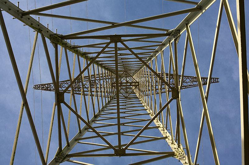 Arbeiten am Stromnetz bei Hahn am See