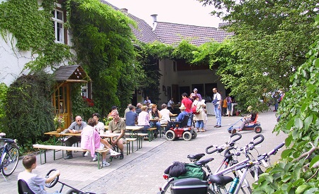 Heinrichshof-Fest am Sonntag in Burglahr