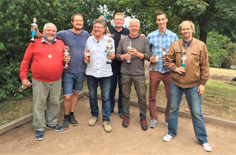 Bouleturnier Raiffeisen-Cup punktete mit Spielfreude