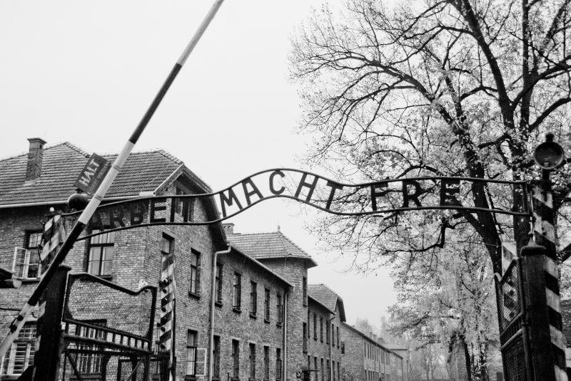 Holocaust Gedenkabend mit Liedern, Gedichten und persönlichen Schicksalen