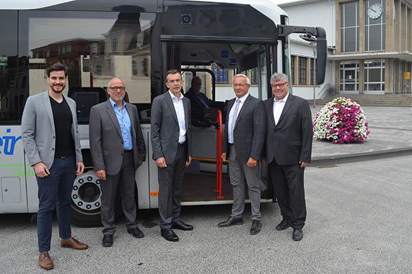 Sechs weitere Hybridbusse für den Busverkehr in Neuwied